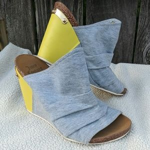 Juicy Couture Wedge Heel Shoes Women's 7